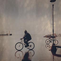 rainyday bicycle street