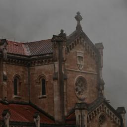 santuariodecovadonga covadonga santuario asturias niebla