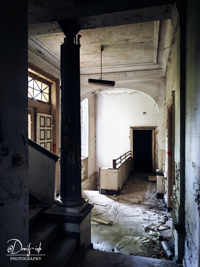 6th lost place collection No.4  Children's sanitarium - hallway  #freetoedit #lostplace #abandoned #architecture #building