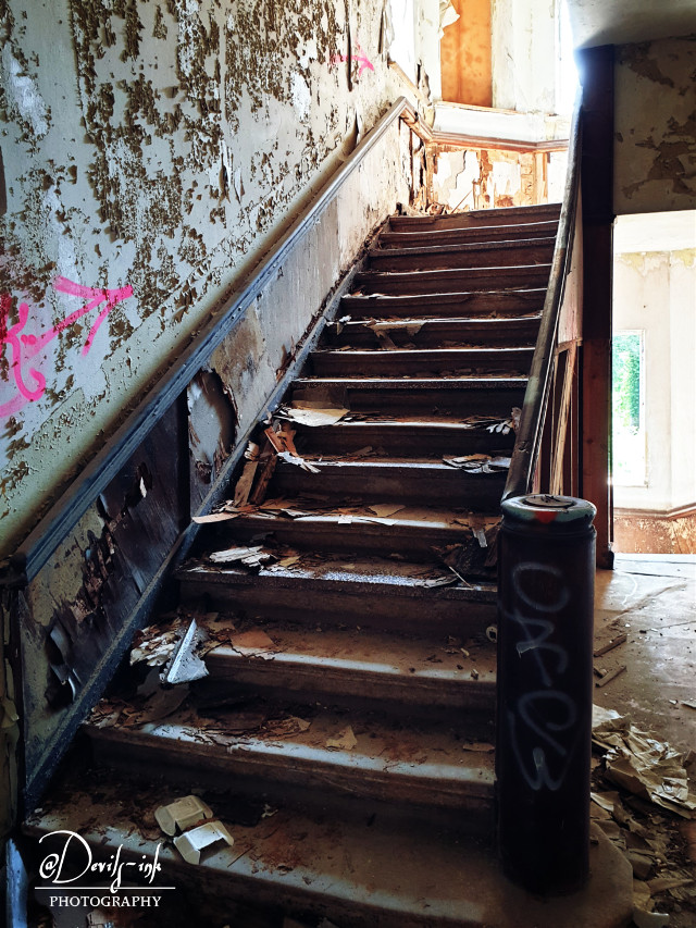 6th lost place collection No.8  Children's sanitarium - staircase  #freetoedit #lostplace #abandoned #architecture #stairs
