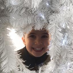 happychild christmastimeishere childplaying havingfun joyfullmoments freetoedit