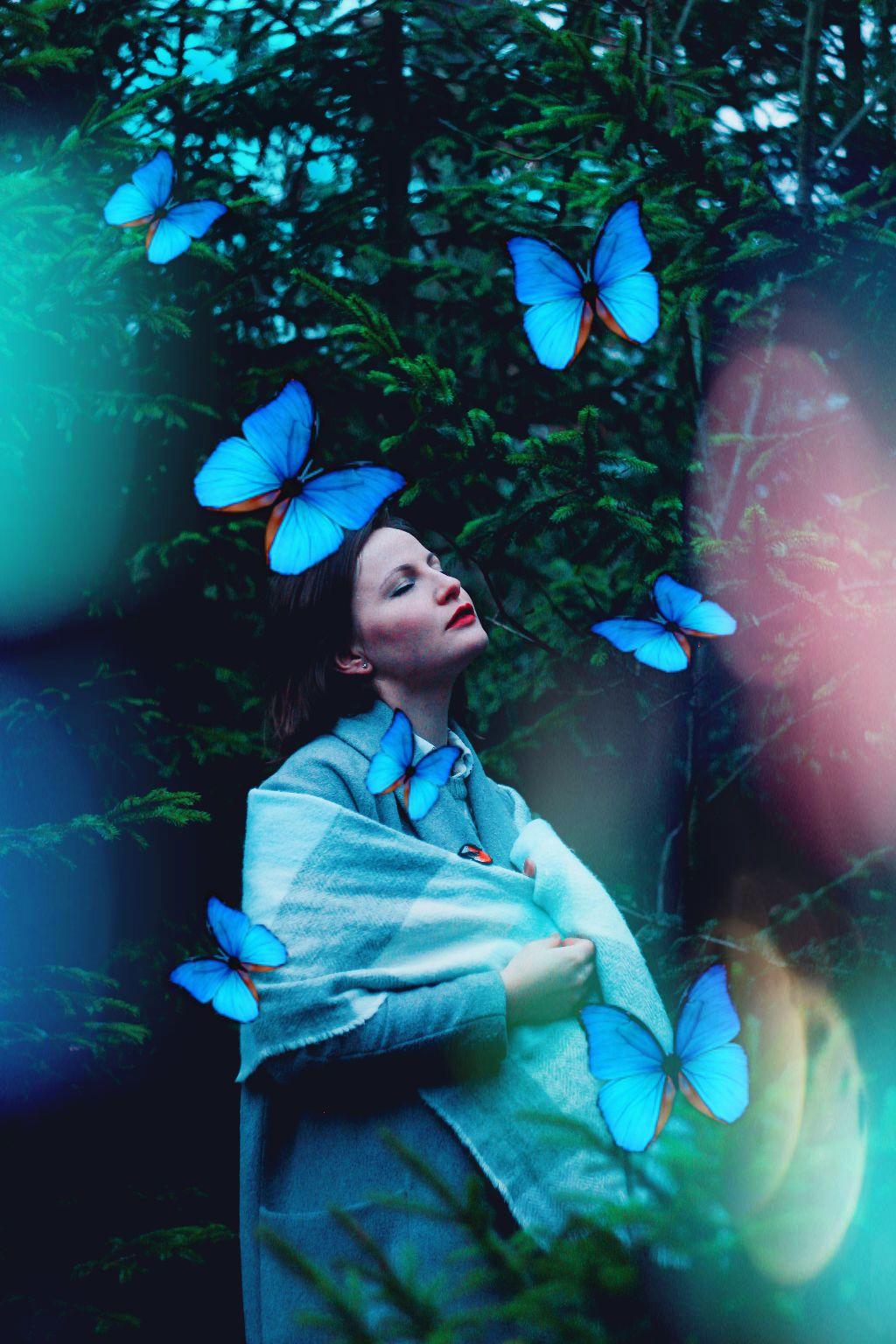 "#freetoedit #butterflies ""I'm freeeeeeee, free falling"""