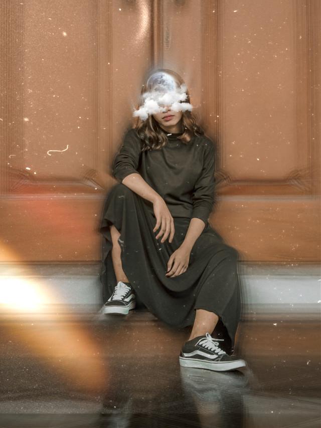 Good night 🌙   #freetoedit #moon #edit #madewithpicsart #aesthetic #cute #girl #people                                      ☆17.3k☆