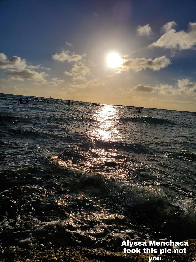 😍😍💕 #hawii #beach #sun #sunrise #sunset #pretty #hawii #honlulu #honluluhawii #aethetics