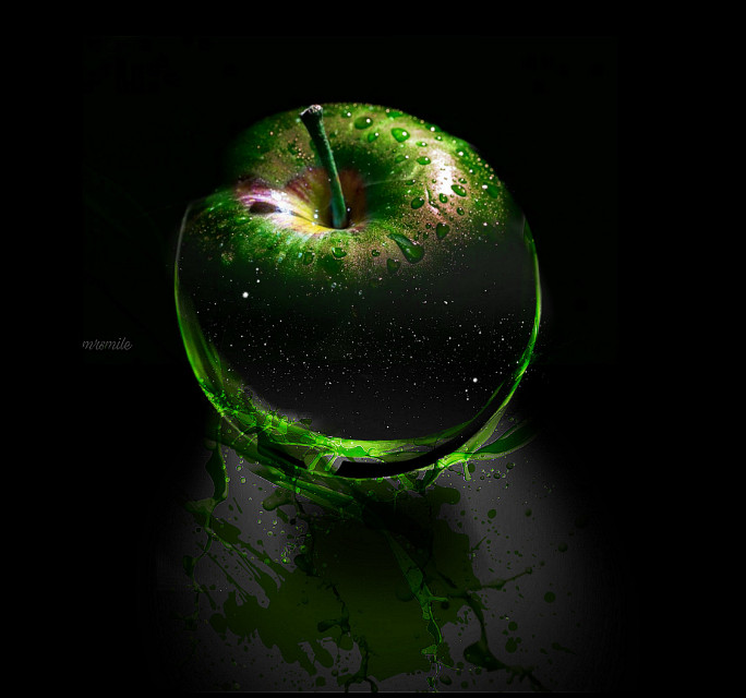 """""""An apple for a day..."""" #freetoedit #apple #colour #green #tasty"""