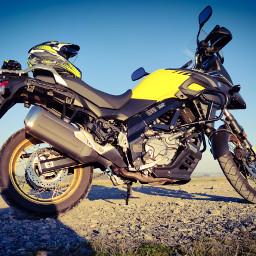 freetoedit saisonstart motorcycle suzuki suzukivstrom650xt