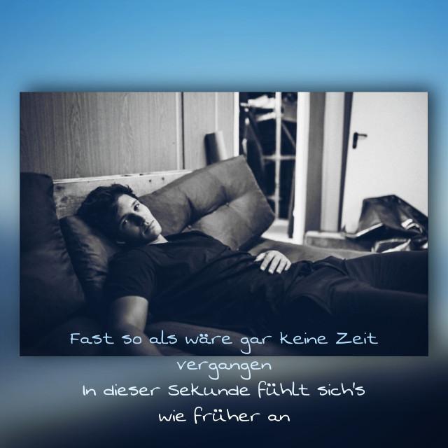 Bock sich jemand kennen zu lernen?:) Wenn ja, schreibt mal euren Snapchat oder Instanamen in die Kommis;)⬇️ #fastsoalswäregarkeineZeitvergangenindiesersekundefühltsichswiefrüheran #hiermitdir #songzitat #song #wincentweiss #crew #love #zeit #fühltsichwiefrüheran #altezeiten #traurigweilesandersist #wincentderfaulesack #cutie #blau #typischschwarz #schwarzweißistseinefarbe #deswegenheißterauchweiss #wasweißich #lol #hobbylos #yeah
