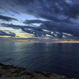 nature walkingtime endoftheday cliffwalk bluehour freetoedit