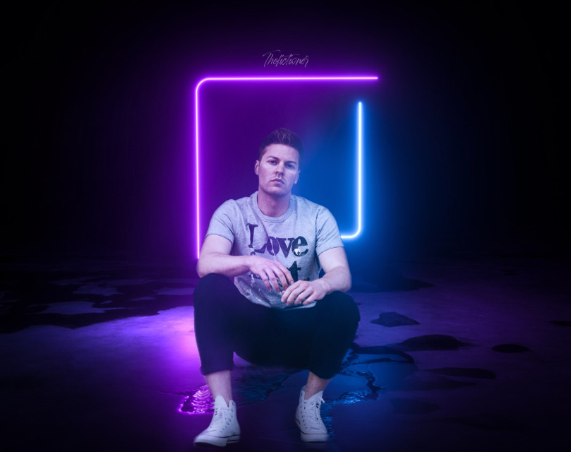 - L A Z E R S -   º Edit by me  º Boy - Photo by @freetoedit ( Unsplash )  º Neon - Photo on Adobe Stock   #surreal #neon #portrait #lights #papicks #freetoedit