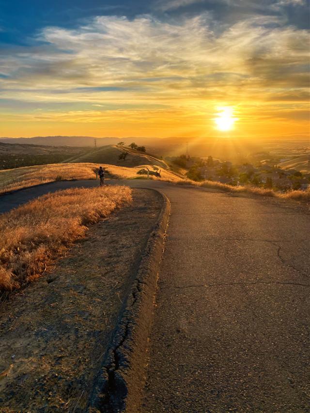 #sunset #hike #scenery #sun #perfectday #beautiful #beautifulday #hike #hiking #hills #mountain #walking #wander #wandering #landscape #landscapes #nature #naturephotography #california #wildernessexplorer #freetoedit