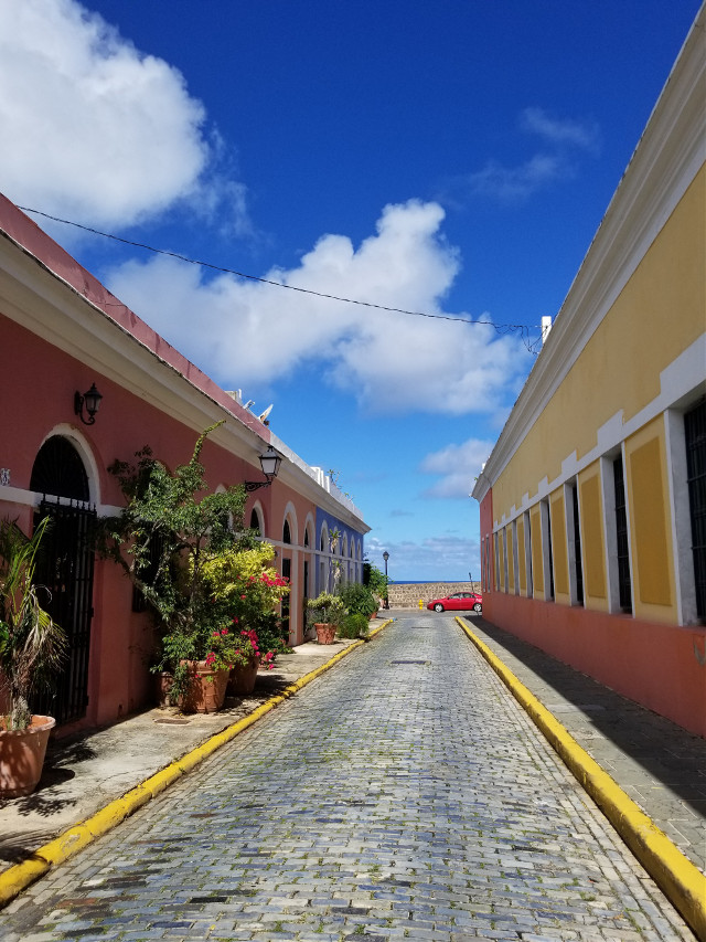 #myphotography #streets #historic #oldsanjuan #streetphotography #myhometown #colorful #freetoedit