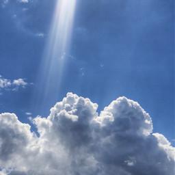 nature skyandclouds fluffyclouds bluesky raysofsunshine freetoedit