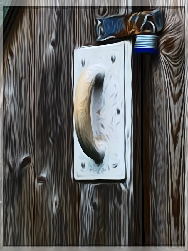 #interesting #doorknob #doorhandle #breweryhouse#oldfarm#dailychallenge#art#picsartedeting#mydailyedits