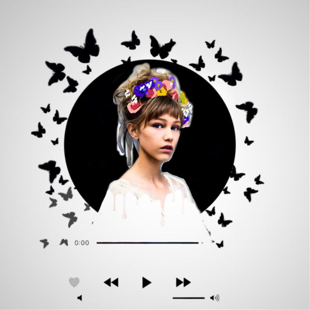 #freetoedit #grace #vanderwaal #gracevanderwaal #gracevanderwaaledit #talent #singer #agt #AGT #butterflies #black #white #flowers