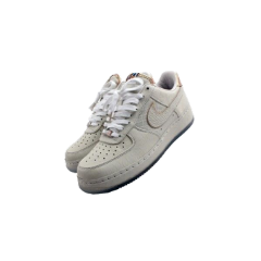 nike shoes white aesthetic cute