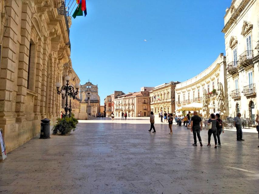 #siracusa #sicily #italy #piazzaduomosr #freetoedit