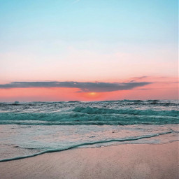 endoftheday atthebeach thesungoesdown horizon wavesspreding freetoedit