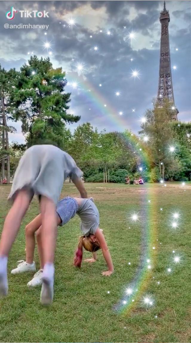 He says take notes kids, this is how you photobomb  #harveymills #tillymills #andimharvey #maxadnharvey #millsie #rainbow #sparkles #effieltower #paris #maxandharveyoffical #france #harvey #tilly @nasagains- @mah_pancakes @marveyismybabe @gainxacc- @ezzy_jimenez @marveywallpapers @han_millsie @swedishmillsie @helloimemmaa  @millsiealex @marvey_mah15x @maxandharveymemes @strawberrymills @marvey8 @roseb_millsie_123 @picsart  @andiamharvey @_tillymills @maxandharvey @andimharvey @tillymills11 @maxandharveyoffical