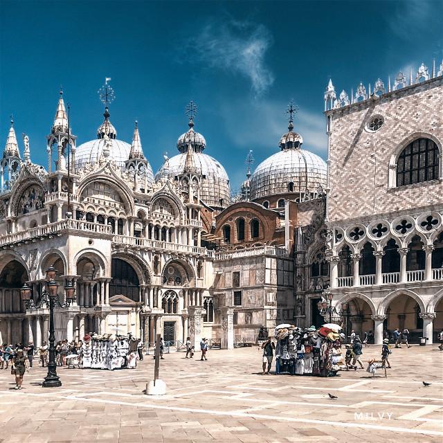 """""""Enchanting Venice""""💙 #Italy #Venezia #mysummertriptovenice #visititaly #Venice #shotoniphone #myphoto #photography #ancientcity #beautifulitaly #Italia"""