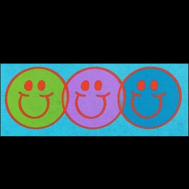#indie #alt #alternative #blue #kidcore #smileyface #smile #happy #hobicore #soft #aesthetic #purple #green #happy #skate #skater #cute #tumblr #tiktok #summer