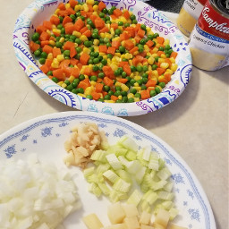 photography interesting color colorful myphoto vegetables cooking recipe potpie chickenpotpie kitchen food yummy eat