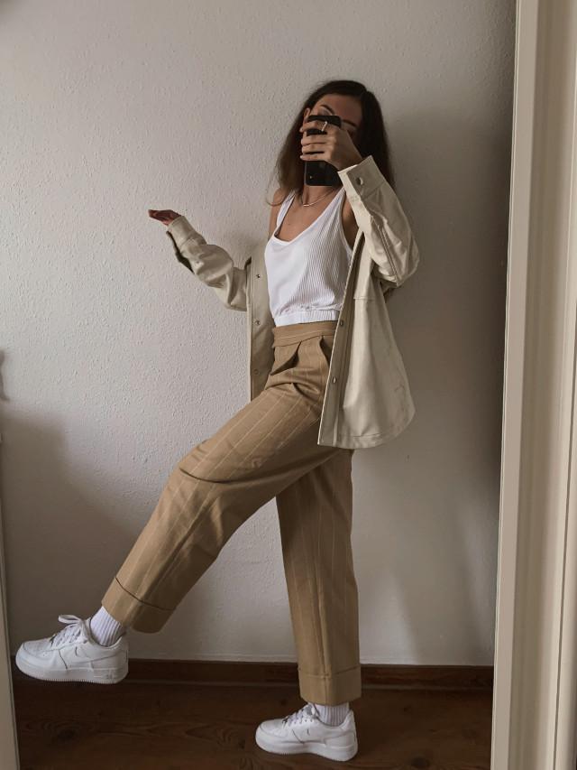 Hi   #ootd #style #fashion #duesseldorf #blogger #fashionblogger #styleblogger #outfit #fashiongirl