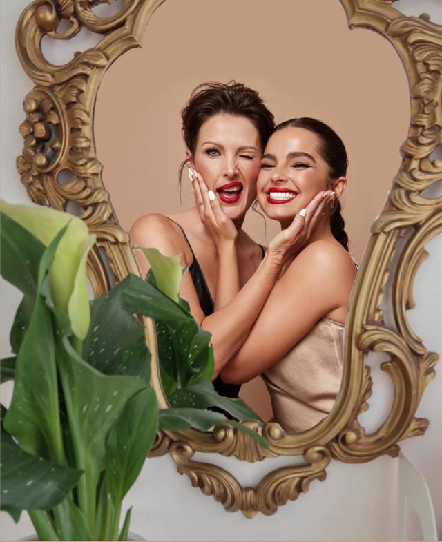 #addisonrae #sherinicole #replay #edit #mirror #cute #foryou #tiktok #popular #aesthetic #pretty #beautiful #addisonraeedit #addisoneasterling #mom #daughter #cute #family #love #photo