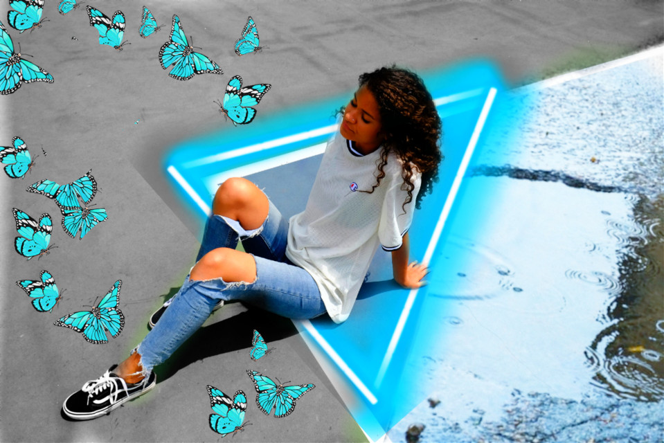 #freetoedit #blueaesthetic #neontriangles #maeyedits #brusheffect #blueaesthetictheme #butterflies