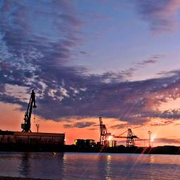 summertime summerend solpor puestadesol enday luces cloudysky clouds lightingthedark galicia arousa riasbaixas porto port puertosdegalicia