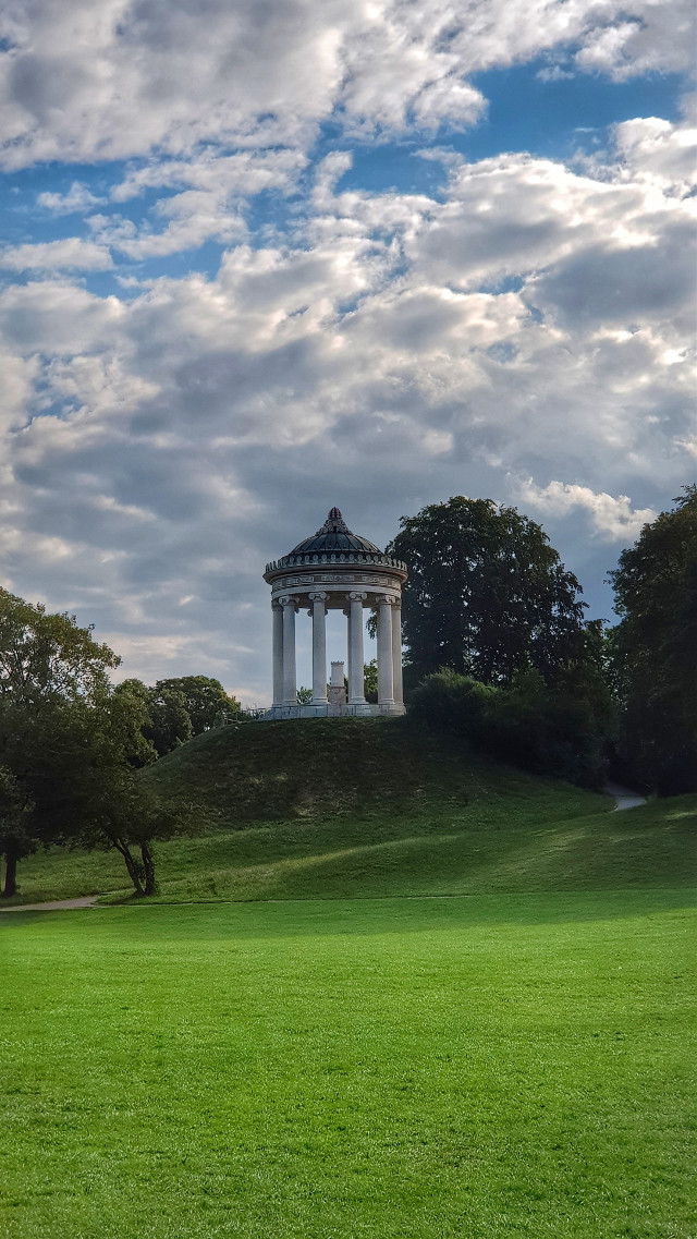 Englischer Garten München 💞 °• •° #architecture #photography #freetoedit #nature #travel #munich #germany