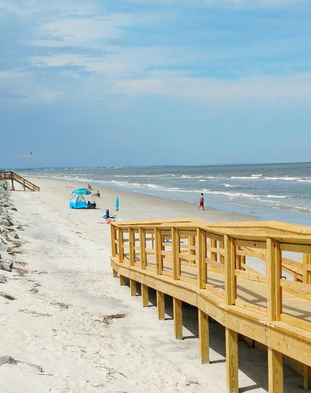 #beach #ocean #atlantic #atlanticocean #beachlife #nature #outdoors #naturelover #happy #happiness #myphoto #photography #travel #sand #summer #summervibes #sun #sunnyday #heypicsart #adventure #beachtime #beachvibes