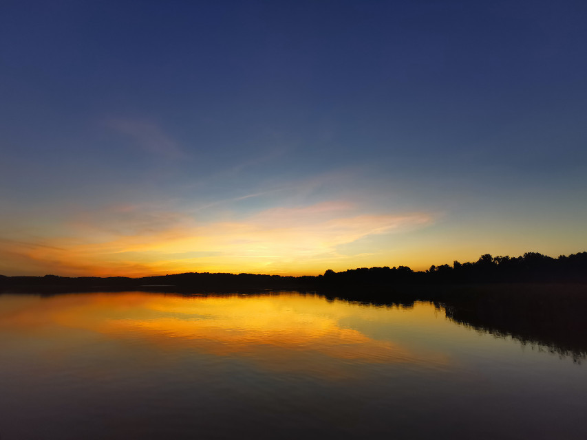 #lake #sunset #evening #sun #sunlight #reflection #beautifulnature #myphoto #myclick #HeyPicsArt #picsartmaster #nofilters #photography #noedit