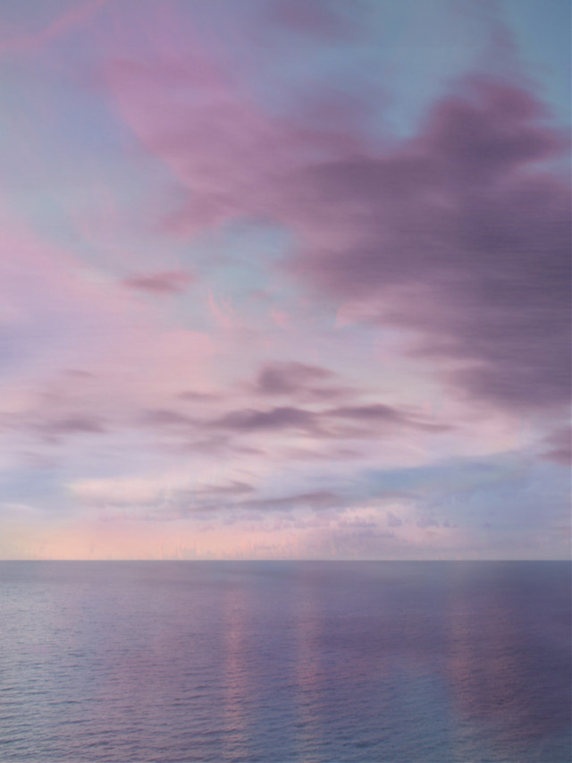 #freetoedit #myedit #minimalism #creative #clouds #skylovers  #ocean #madewithpicsart #makeawesome #heypicsart #araceliss#pink #purple #pinkandpurple #background #backgrounds