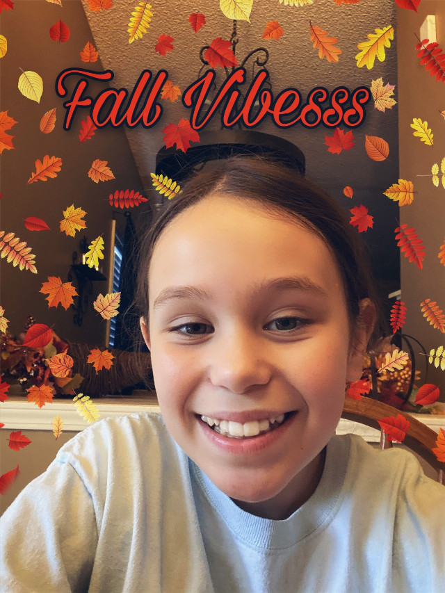 My friend isabel!! 💕 #isabel #fall #myfriend