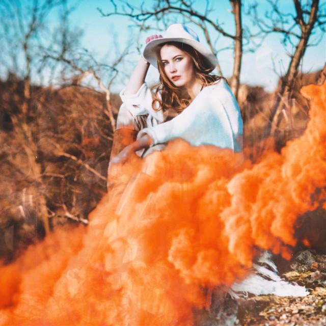 #freetoedit #smoke #smokeeffect #smokeart #smokeedit #smokebomb #orangesmoke #halloween #spooky
