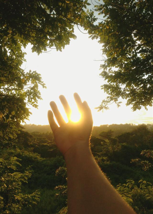 Particles of light #mobilephotography #photography #sunlight #light #philippines #zenfone #zenfone5 #zamboanga #hands