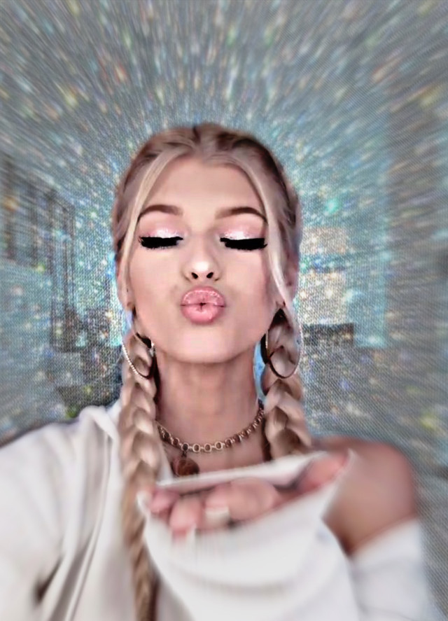 Free Loren Gray pfp for her fanpages! ❤️ (put your own wm if you want) #pfp #lorengray #lorengraybeech #featured #fanpage #fanpages #freetoedit #free #freepfp