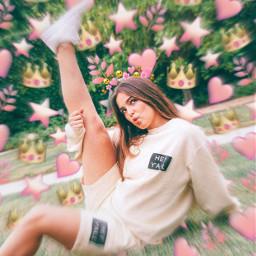 addisonrae addison rae art addisonraeedit edit pink heart crown emoji emojicrown tiktok famous shoes freetoedit