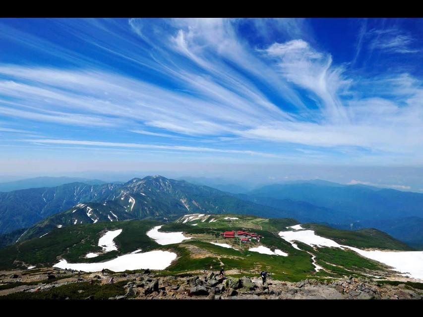 #japan #bluesky #sunnyday #clouds #snow #grass #hills #mountains #smalltown #housing #gifumountains #meltingsnow