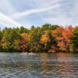 outdoorphotography naturephotography adventuretime lakeview autumncolors kayaklove freetoedit