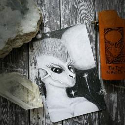 artwork alien extraterrestrial pencilsketch alysathena