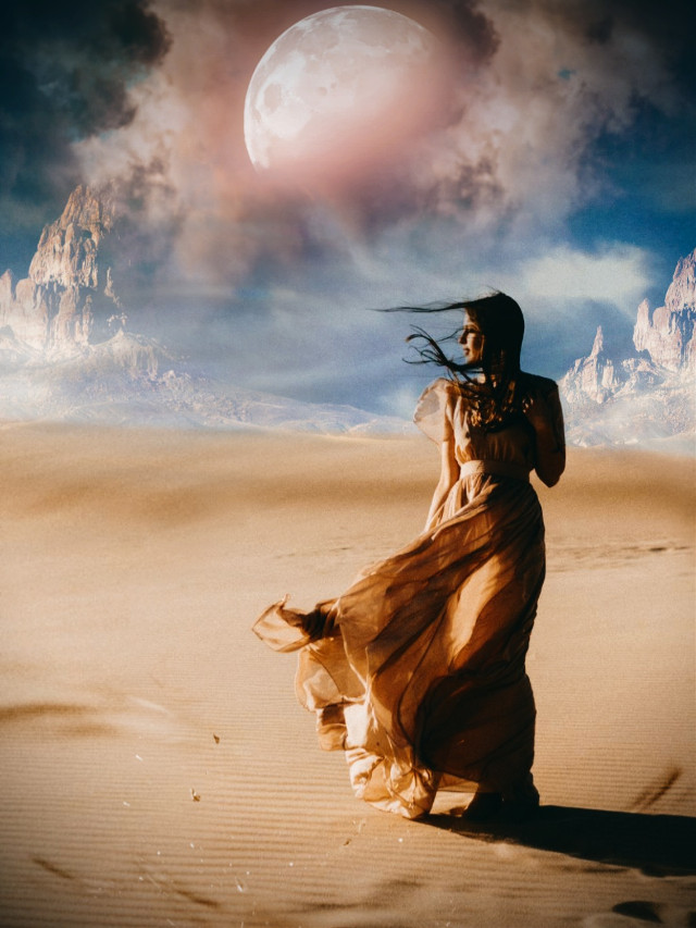 Hola🙋♀️  #desert #myedit #editedbyme #madewithpicsart #woman #araceliss #sky #fantasy #makeawesome