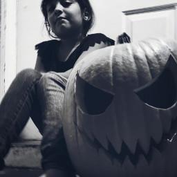 halloween halloween2020 blackandwhite blancoynegro photography photo fotografía foto creepygirl creepy