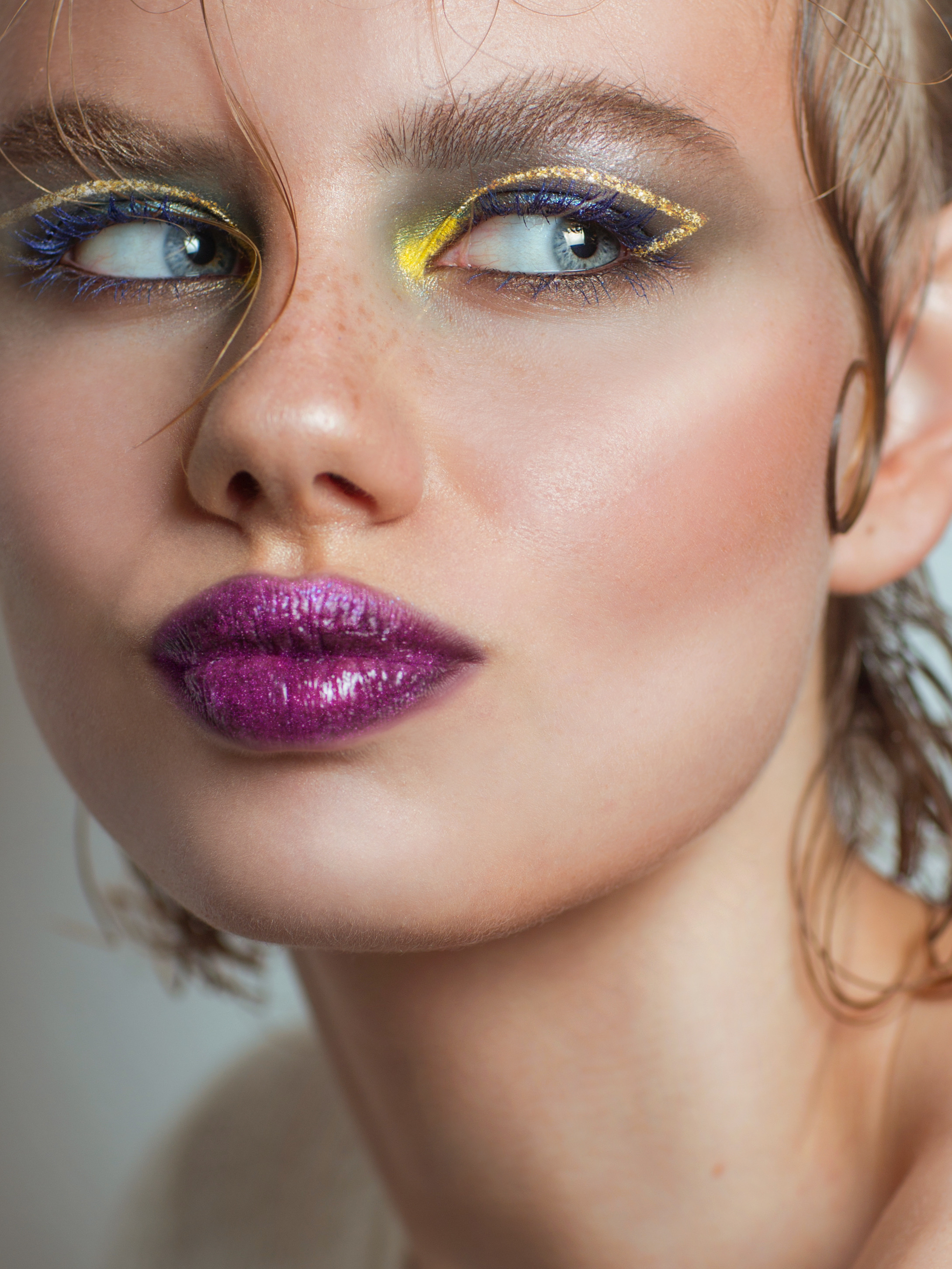 #glitter #krygina #kryginacosmetics #face #makeup #lips #sparkles #eyes #arrows #gold #magenta #picsart #пиксарт #крыгина #глиттер #лицо #макияж #губы #блё