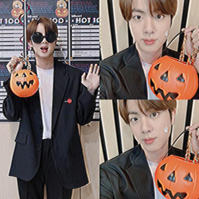 <- ao lado ♡ #kimseokjin #bts #halloween