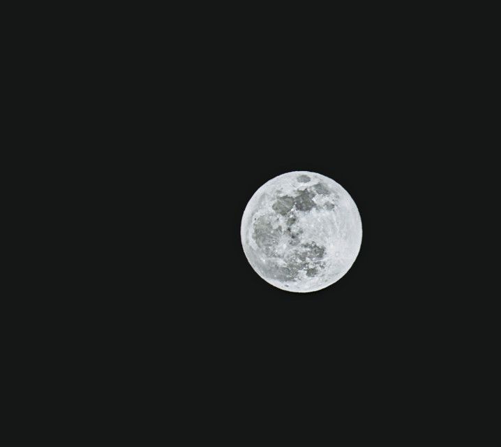 #fullmoon #moon #night #nightsky #nikon #myphoto #photography #nature #background #backgrounds #huntersmoon