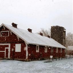 pcbuildingsisee buildingsisee barn snow red freetoedit