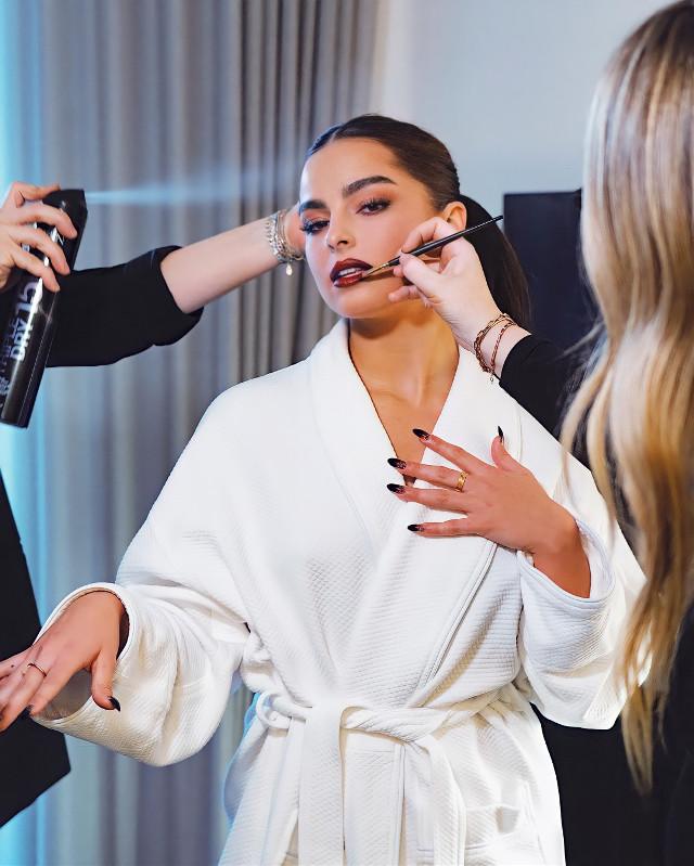 💅 #freetoedit #addisonrae #makeup #artist #white #lipstick #nails #girl #face #remixit #remixed #heypicsart #makeawesome #replay #beautiful #perfect