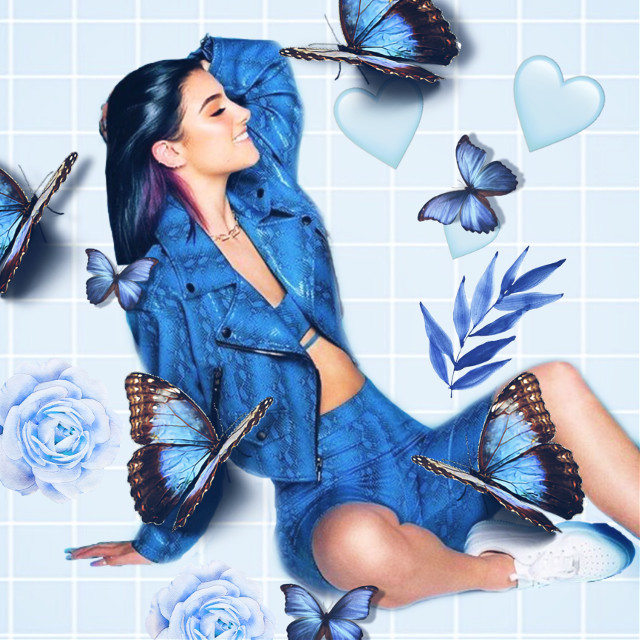 #charlidamelio #charli #damelio #blue #blueaesthetic #blueaesthetic♡ #followforfollow #picsart #edit #aesthetic
