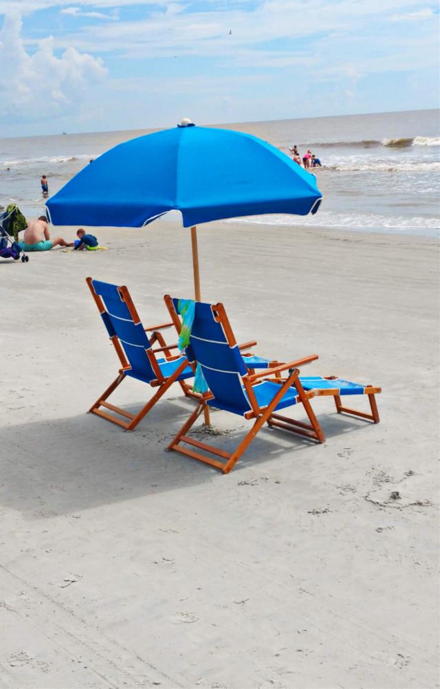 #pcmyfavoriteday #myfavoriteday #ocean #beach #umbrella #beachumbrella #myphoto #photgraphy #colorful